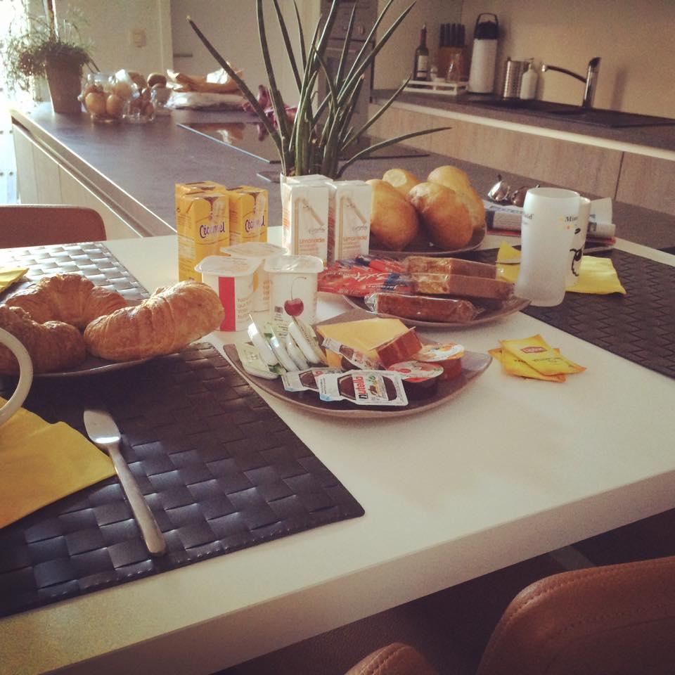 Jaarlijks N-VA ontbijt aan huis